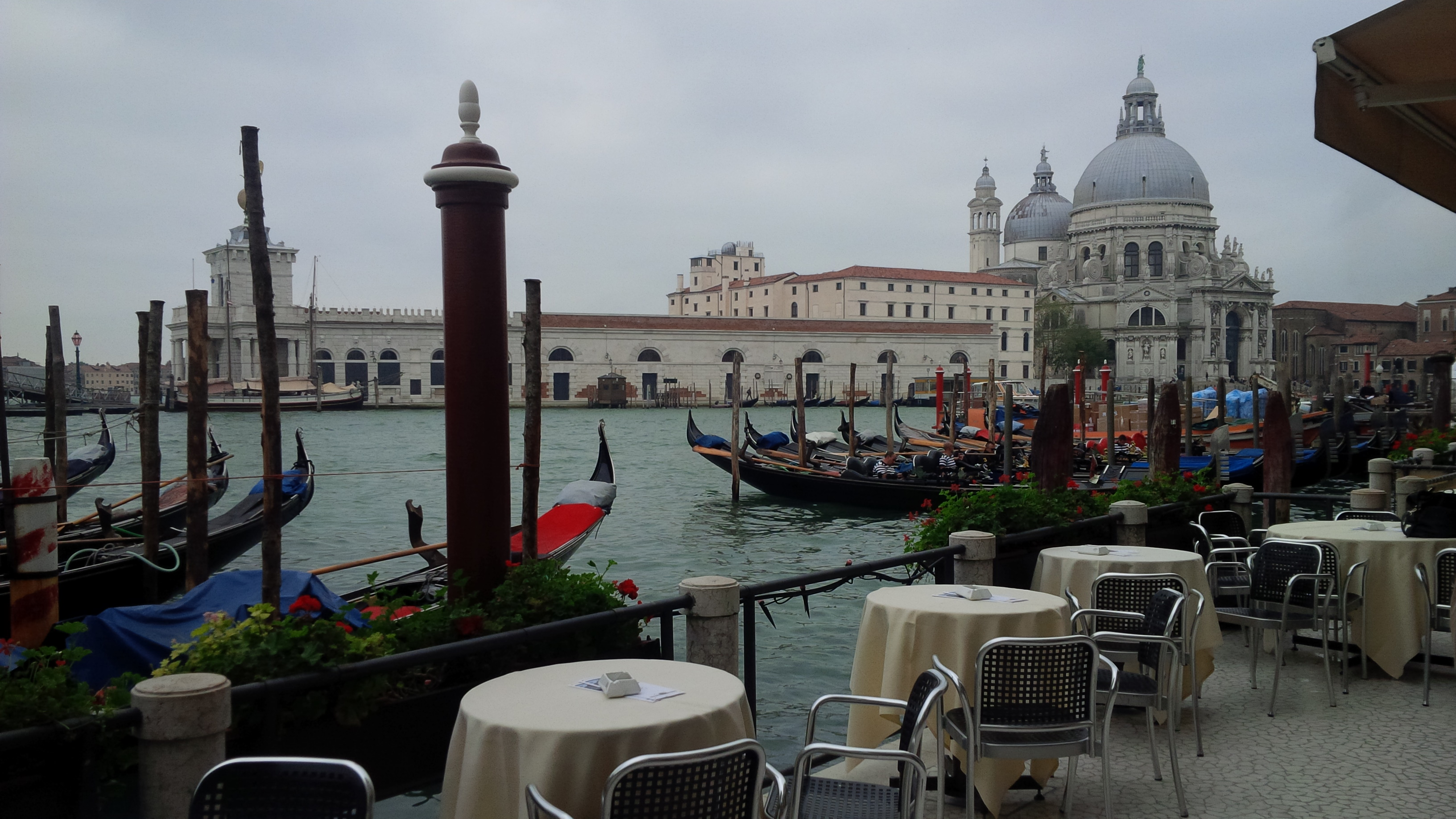 how to get from venice airport to hotel principe